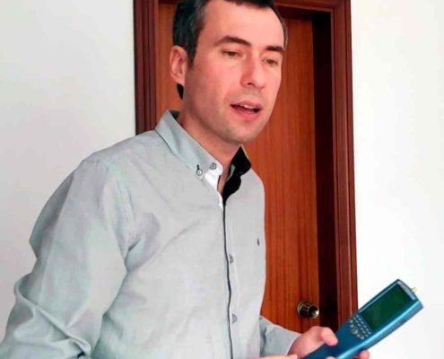 Carles Surià estudia la geobiología