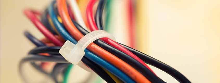 cable de plàstic